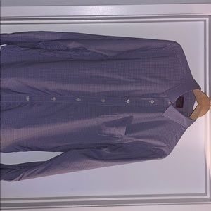 Untuckit button up. Never used. Slim fit.